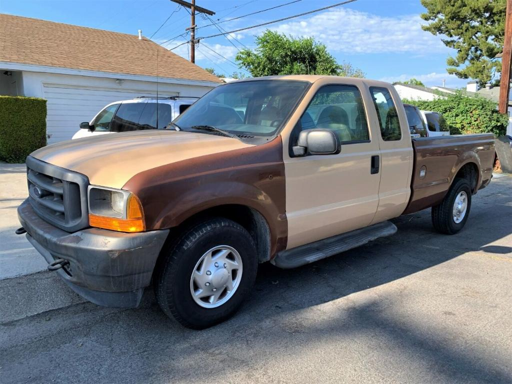 Ford F-250 2001 for Sale in North Hollywood, CA