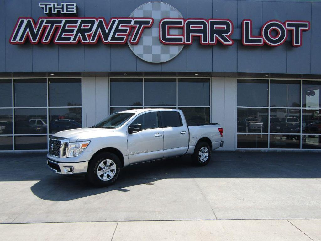 Nissan Titan 2018 for Sale in Council Bluffs, IA