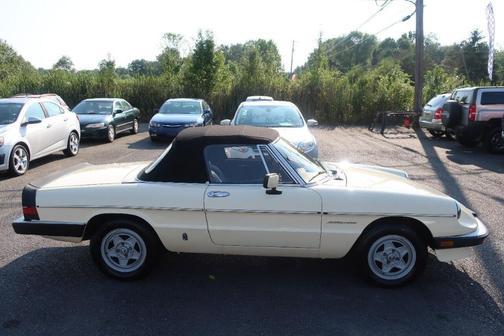 1983 Alfa Romeo Spider