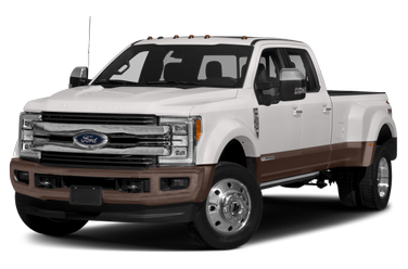 side view of 2017 F-450 Ford