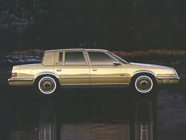 side view of 1992 New Yorker Chrysler