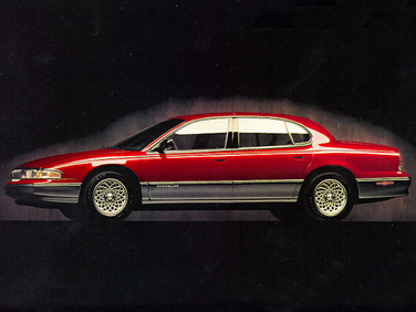 side view of 1995 New Yorker Chrysler