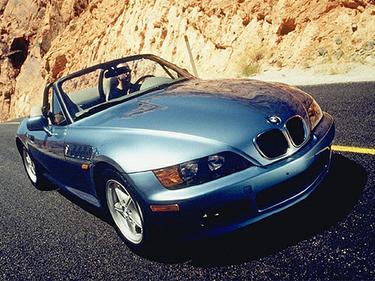 side view of 1999 Z3 BMW