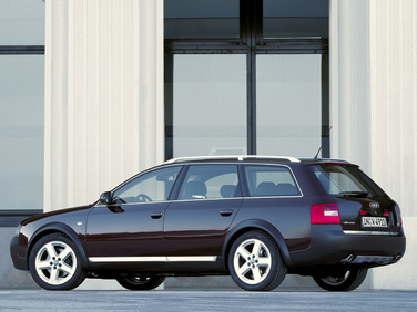side view of 2004 allroad Audi