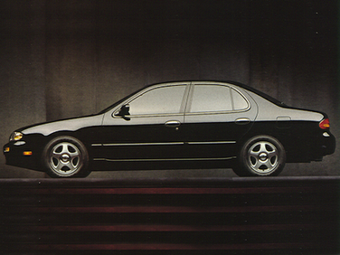side view of 1994 Altima Nissan