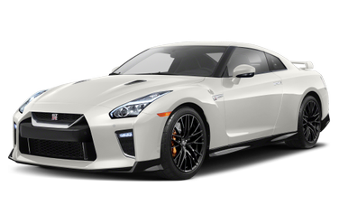side view of 2020 GT-R Nissan