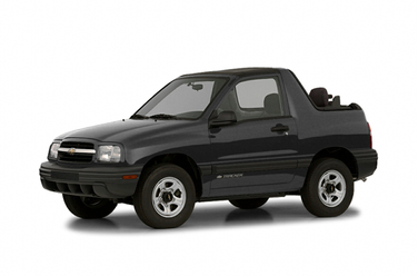 side view of 2002 Tracker Chevrolet