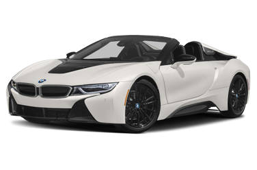 side view of 2019 i8 BMW