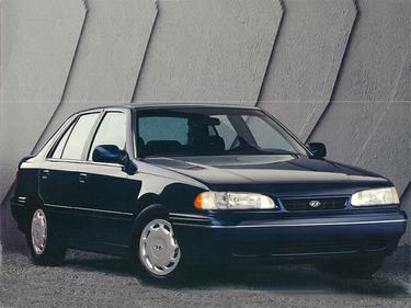 side view of 1993 Sonata Hyundai
