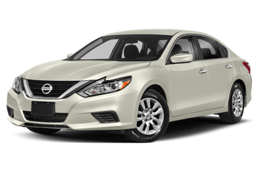 side view of 2018 Altima Nissan