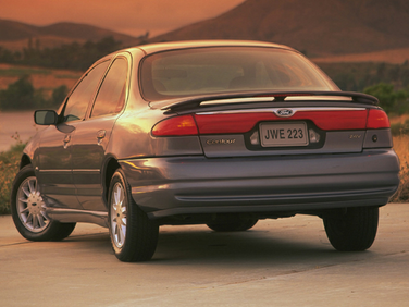 side view of 1999 Contour Ford