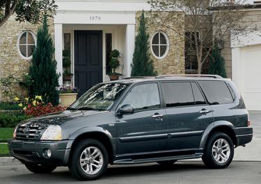 side view of 2004 XL7 Suzuki