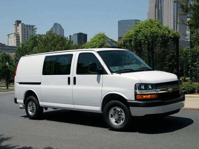 2022 Chevrolet Express 2500