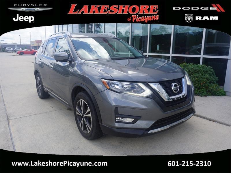 used 2017 Nissan Rogue car, priced at $21,490
