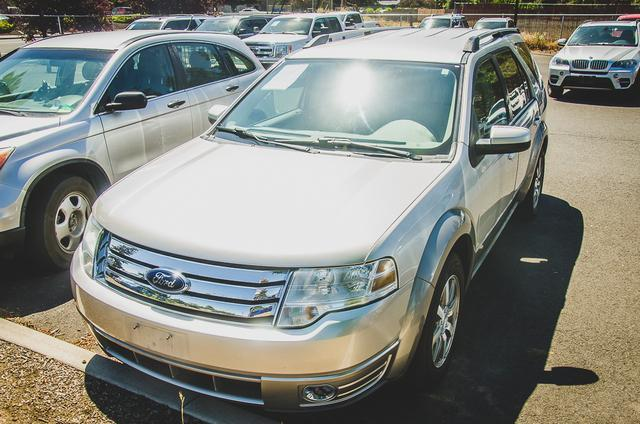 used 2008 Ford Taurus X car, priced at $7,990