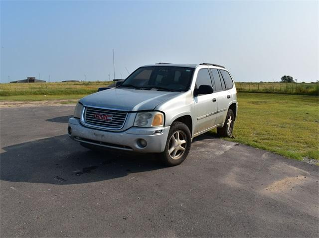 used 2007 GMC Envoy car, priced at $3,888